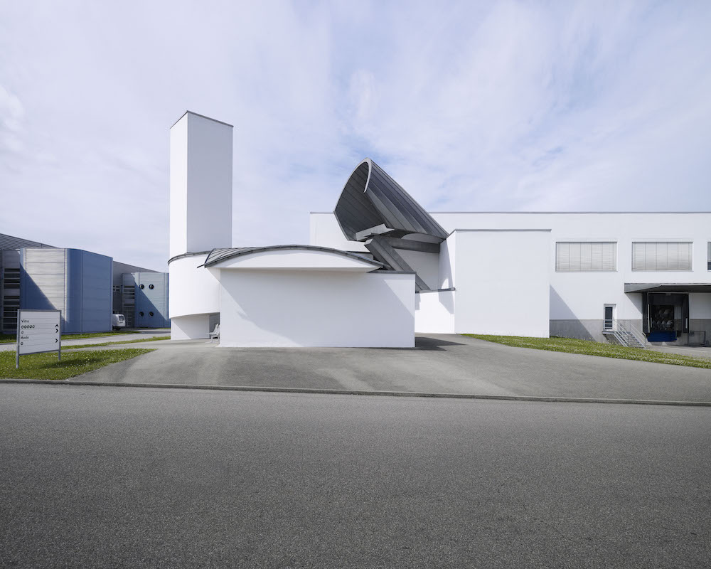 Gehry Factory Building_100640_master